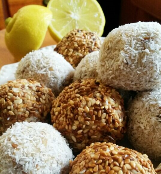 Aduna's lemon baobab date balls 3