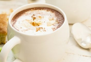 Hot (wickedly creamy) Bao-Choco Drink